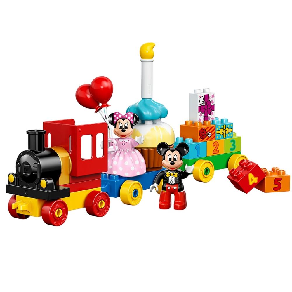 El Desfile de Cumpleaños de Mickey y Minnie