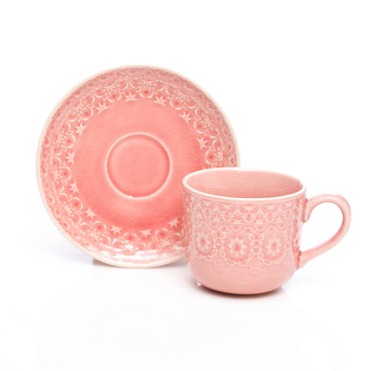 Taza y plato rosa